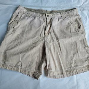 Columbia Size 40 Mens Khaki Fishing Sports Shorts